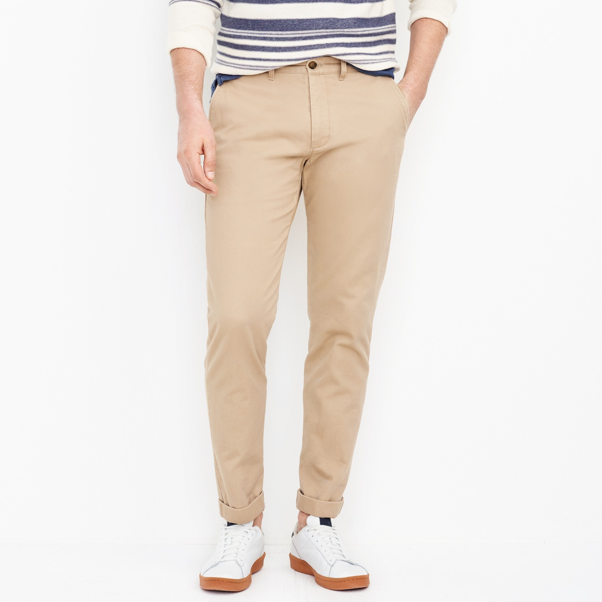 factory mens Straight-fit broken-in chino