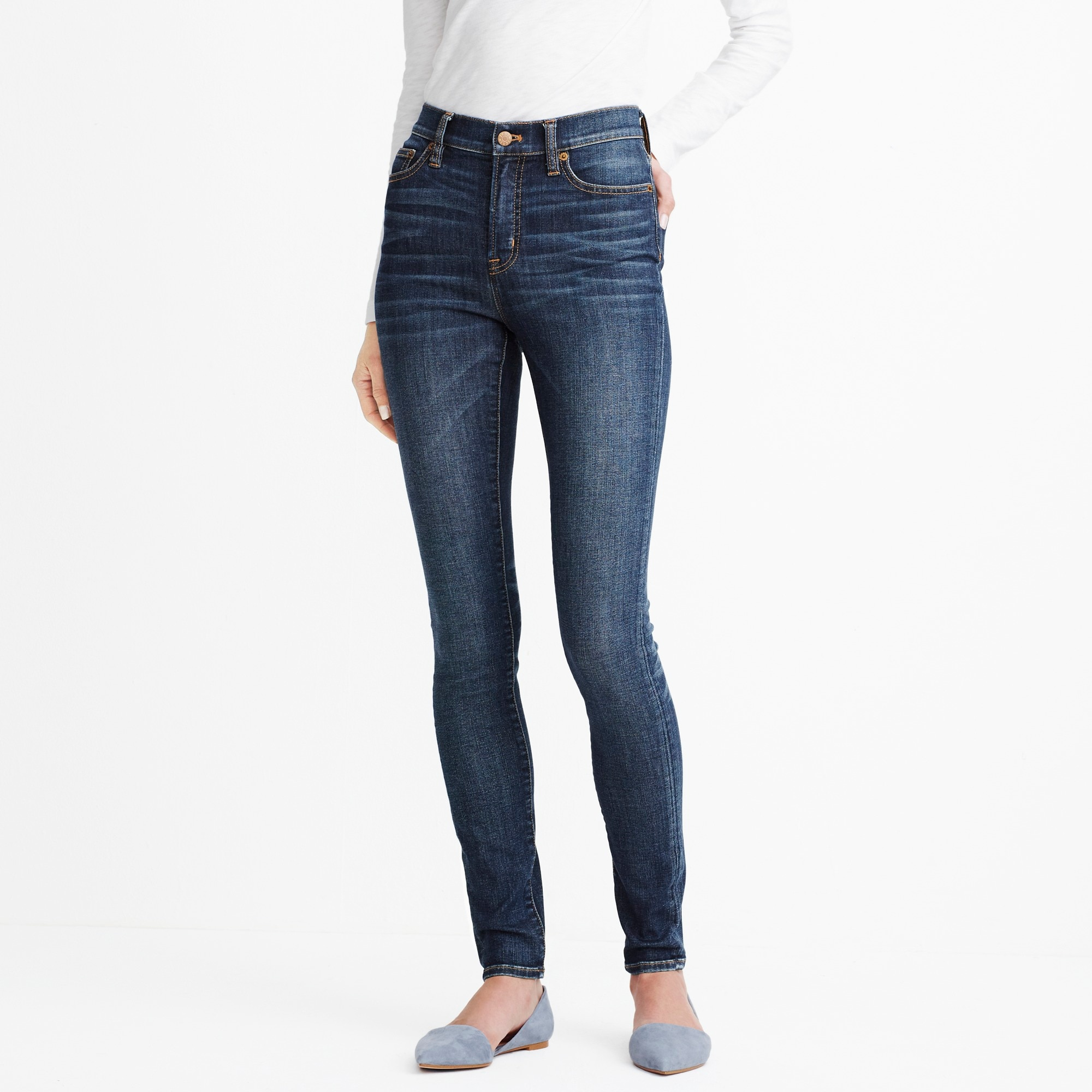"Classic blue wash high-rise skinny jean with 29"" inseam factorywomen sizes 18-20 c"