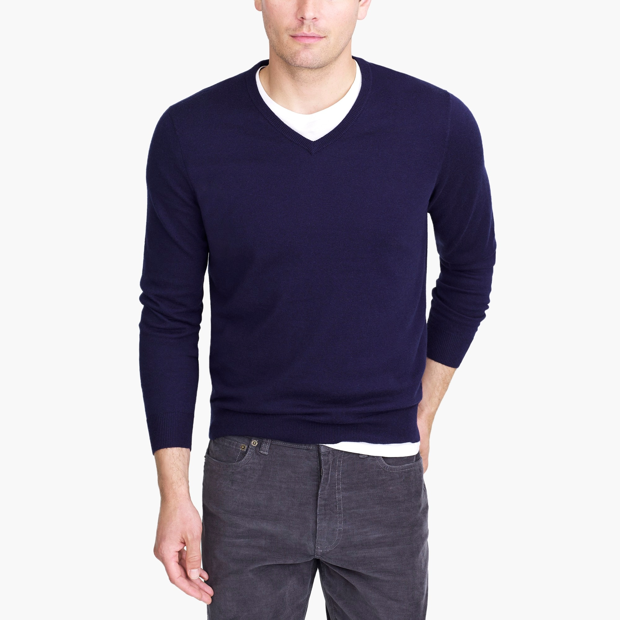 factory mens V-neck sweater in perfect merino wool blend
