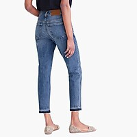 Slim boyfriend jean with distressed details